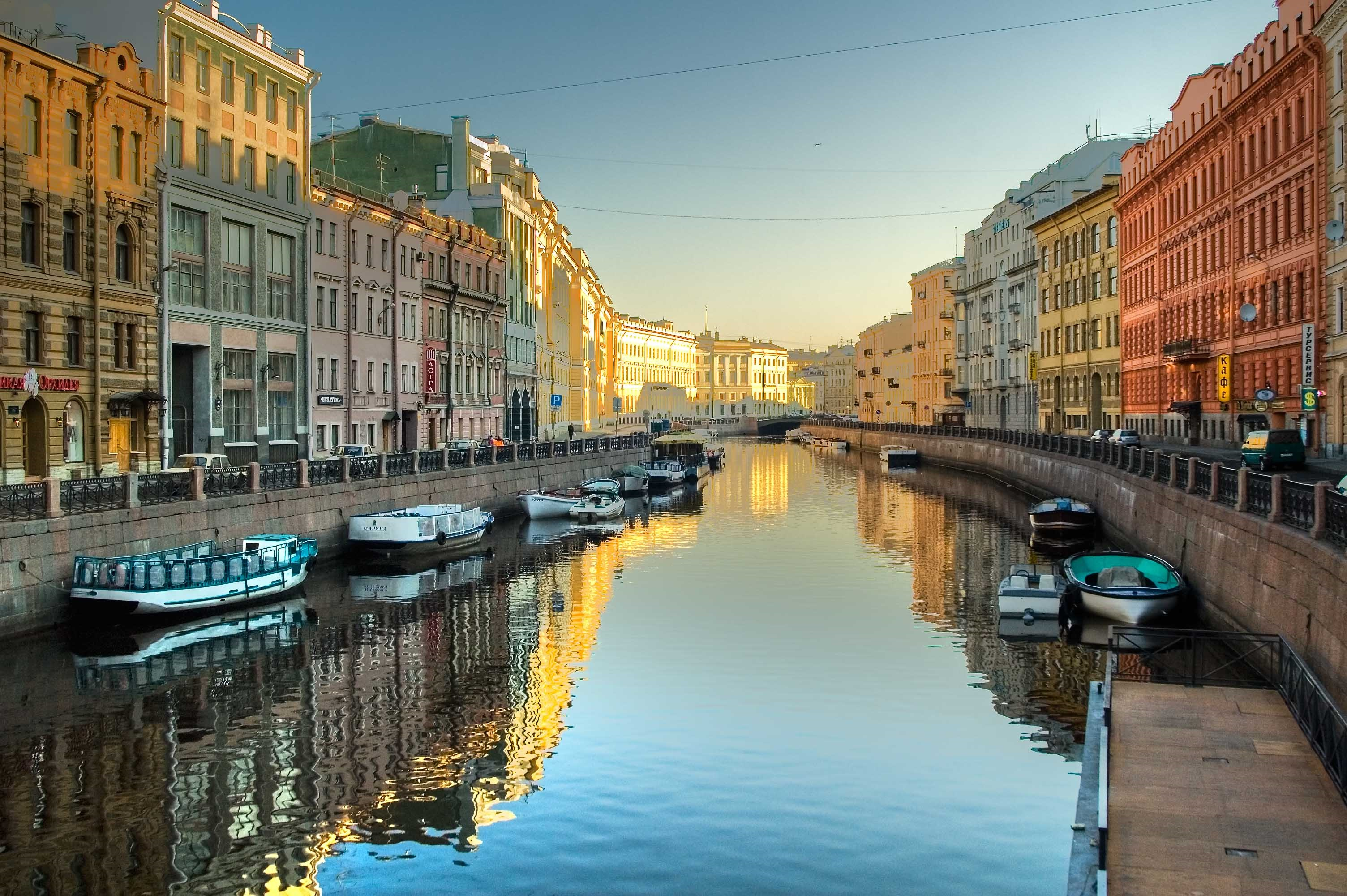 Saint Petersburg, Venice of the North