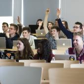 ¿Qué motiva a los estudiantes a estudiar en el extranjero?